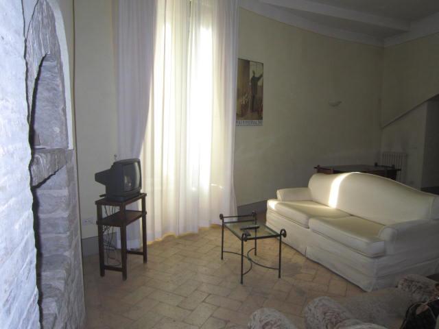 APPARTAMENTO in Affitto a Trevi (PERUGIA)
