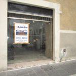 Locale comm.le/Fondo a Foligno (2/5)