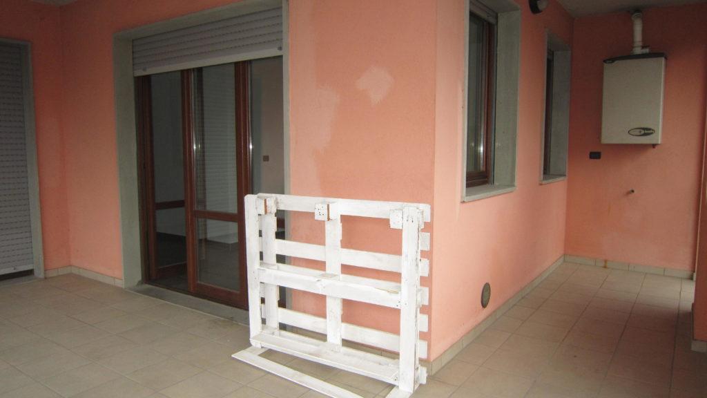 Appartamento in affitto a foligno rif an001 550 for Affitto appartamento arredato foligno