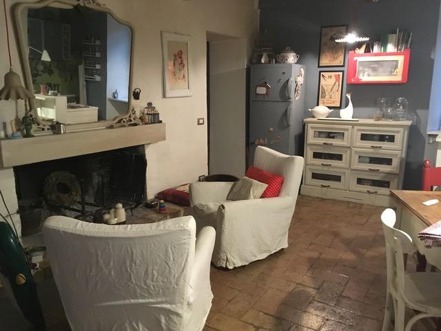 Agenzia immobiliare vendita affitto appartamenti for Affitto appartamento arredato foligno