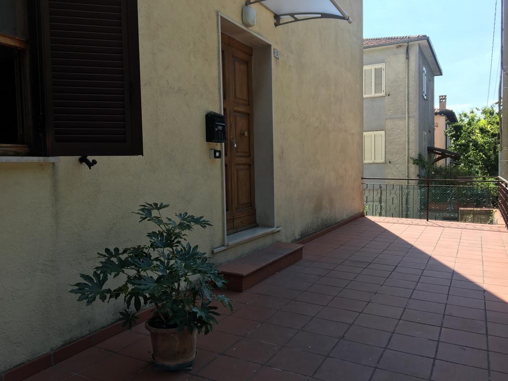 quadrilocale piano terra Borgo Trevi